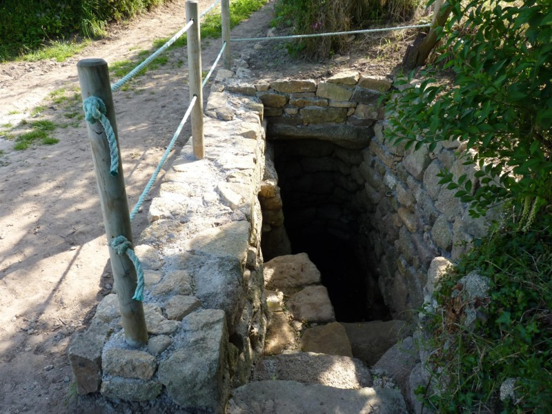 Randokerlouan fontaine enterr e de kervizouarn - Construire cave enterree ...